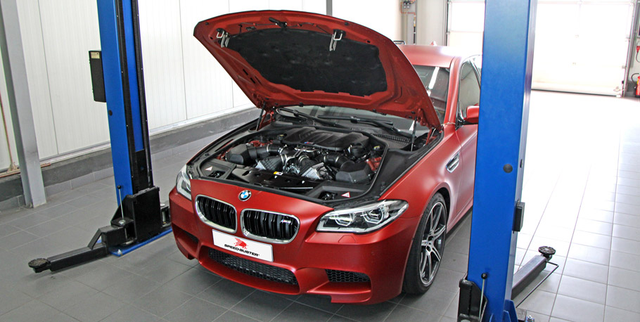 Speed Buster BMW M5 F10 front view