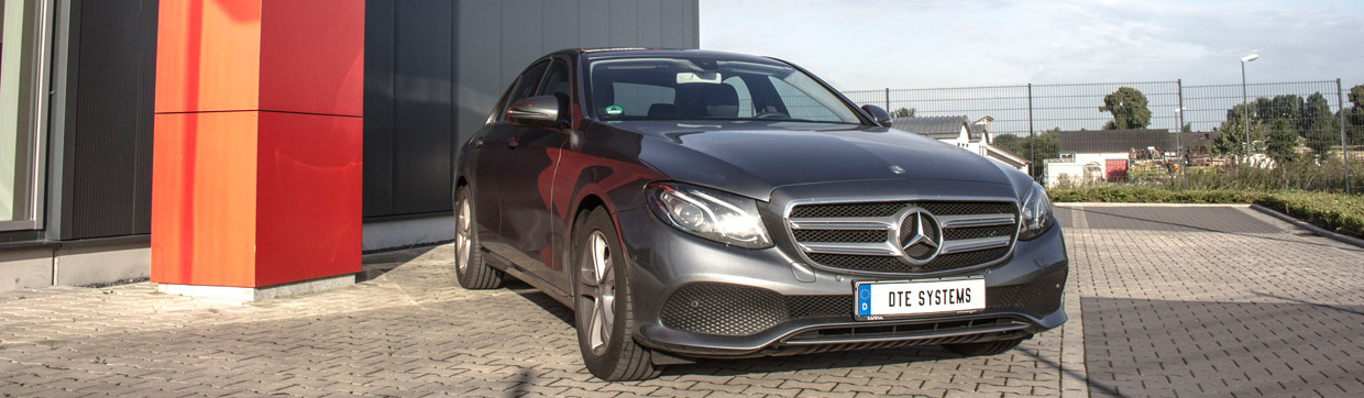 DTE Systems Mercedes-Benz E220d front view