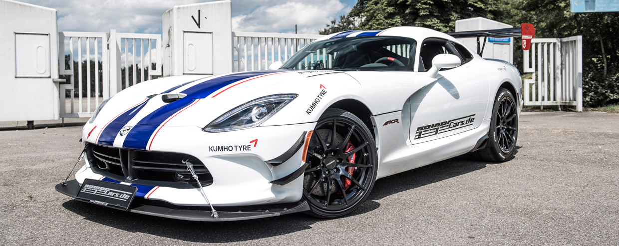 GeigerCars.de Dodge Viper ACR side view