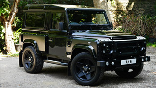 chelsea truck company and kahn design impress with defender london motor show edition