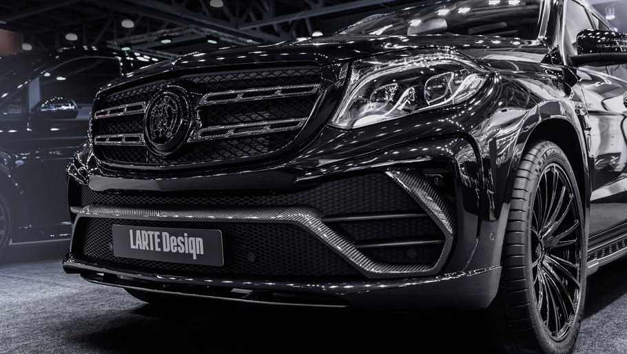 2016 LARTE Design Mercedes-Benz GLS Black Crystal front view