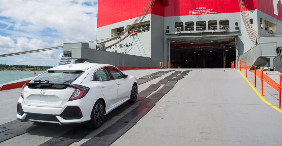 2017 Honda Civic Hatchback rear view