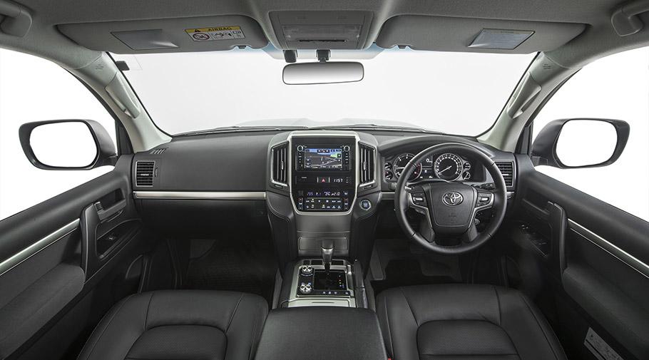 2017 Toyota Land Cruiser 200 Series Altitude