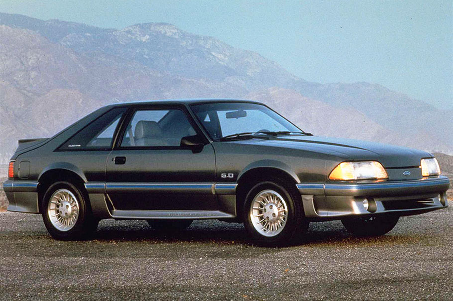 Ford-1987-Mustang-GT