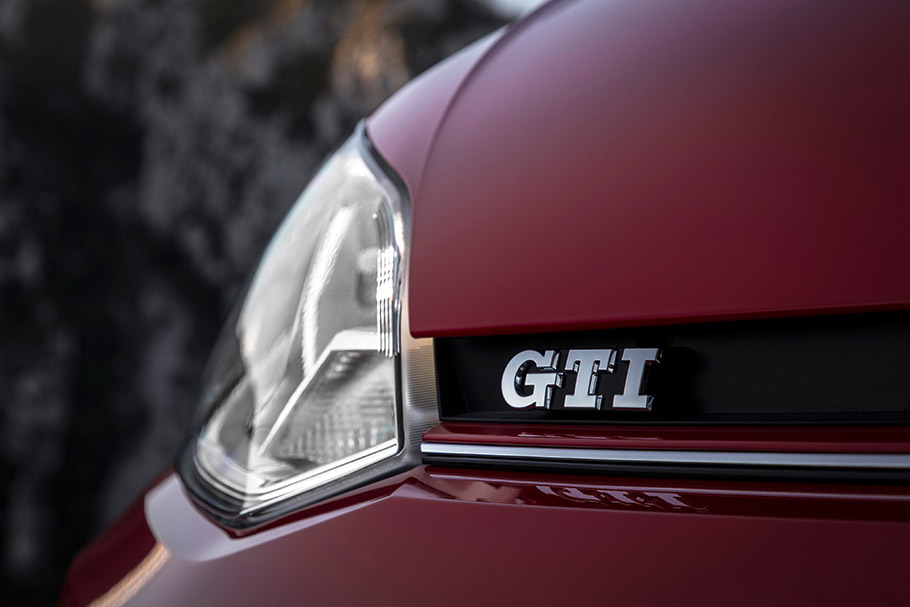 2018 Volkswagen up! GTI
