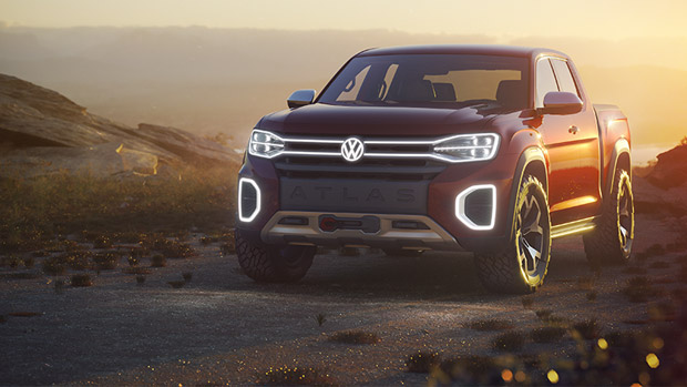 VW team showcases Atlas Tanoak Concept at the New York Show