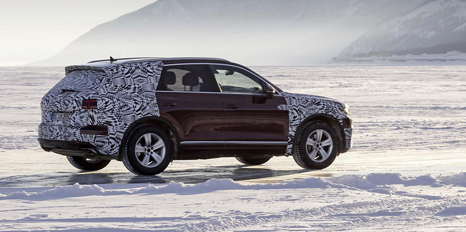 volkswagen touareg travels thousands of miles for its global debut. Black Bedroom Furniture Sets. Home Design Ideas