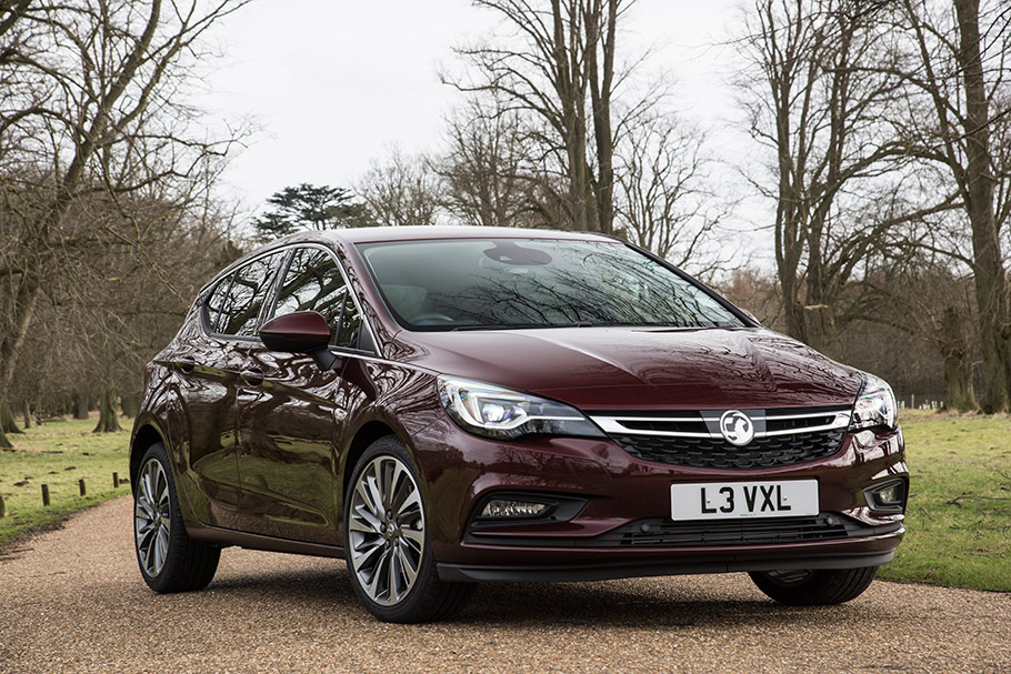 2018-Vauxhall-Astra-Ultimate-910