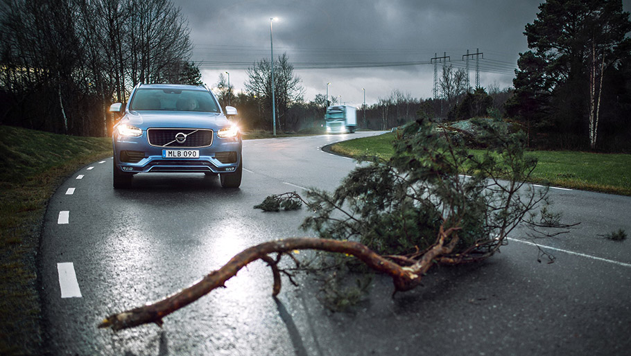 2018 Volvo Cars Safety Features