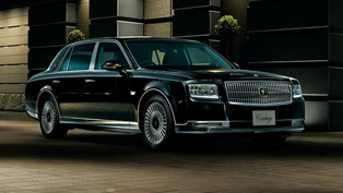 toyota-presents-its-latest-limousine-for-the-last-20-years-