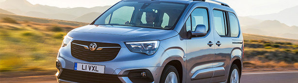 Vauxhall team showcases the Combo Life sweetie. Check it out!