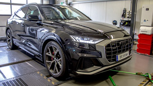 DTE Systems crew takes a closer look at the new Audi Q8