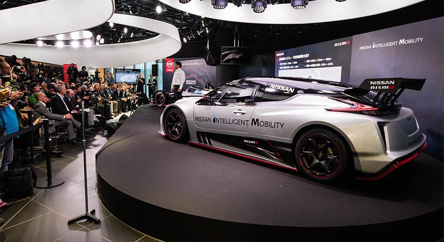 nissan reveals new leaf nismo sports car