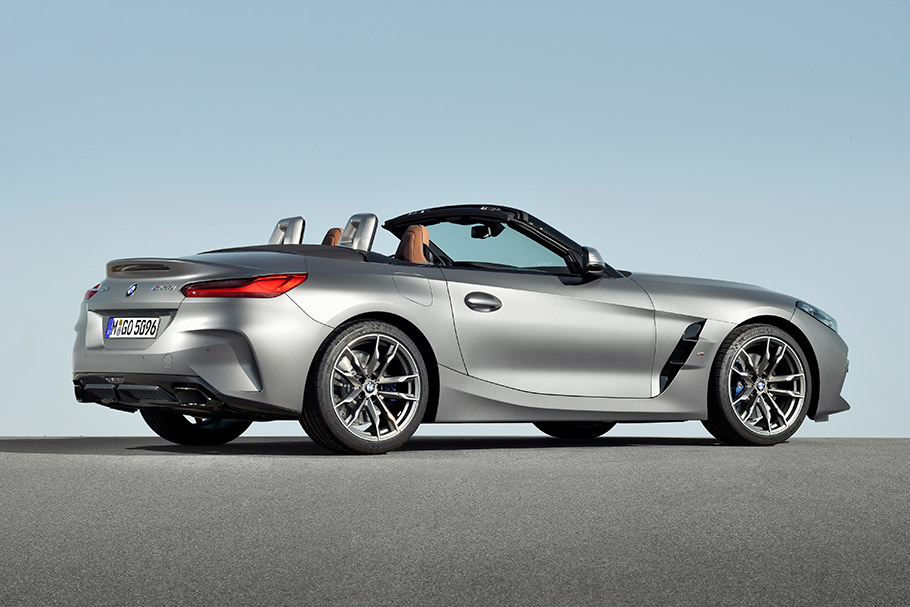 Bmw Reveals New Z4 M40i Roadster Machine