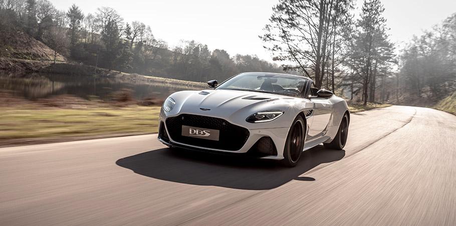 2019 Aston Martin DBS Superleggera Volante
