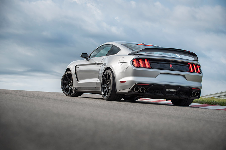 New Mustang Shelby Comes With Tons Of Upgrades And New