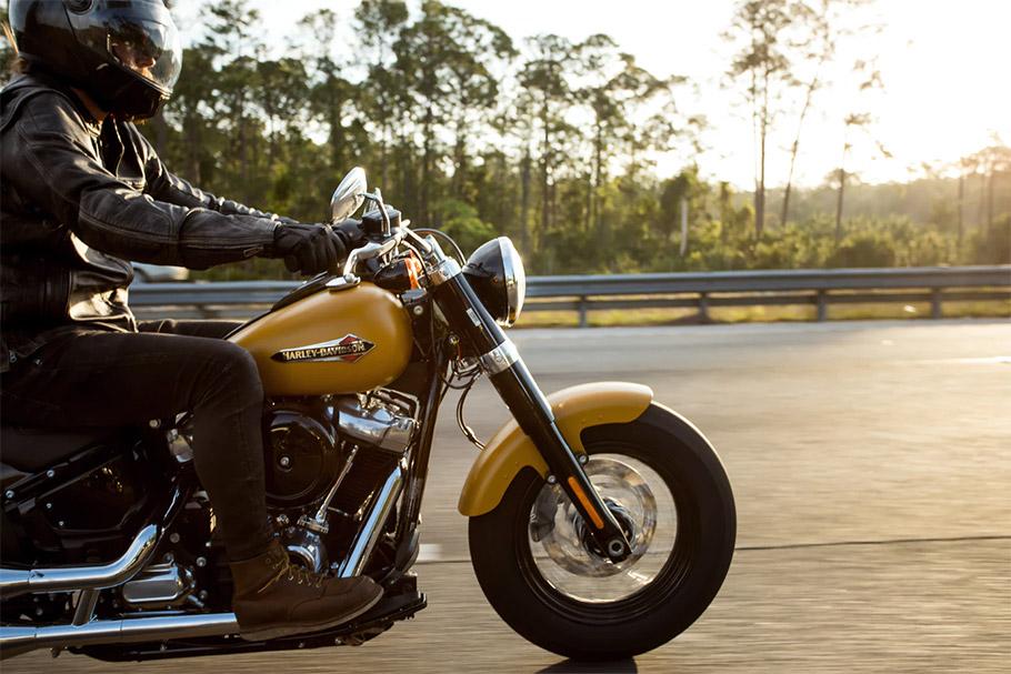 2019-Motorbike-910