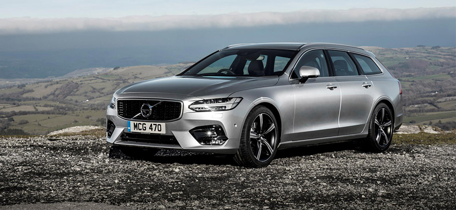 2019-Volvo-V90-910