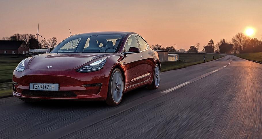 2019-Tesla-Model3-910