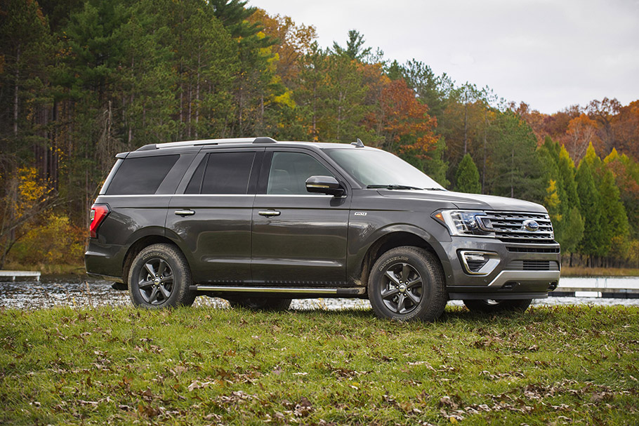 2020 Ford Expedition FX4