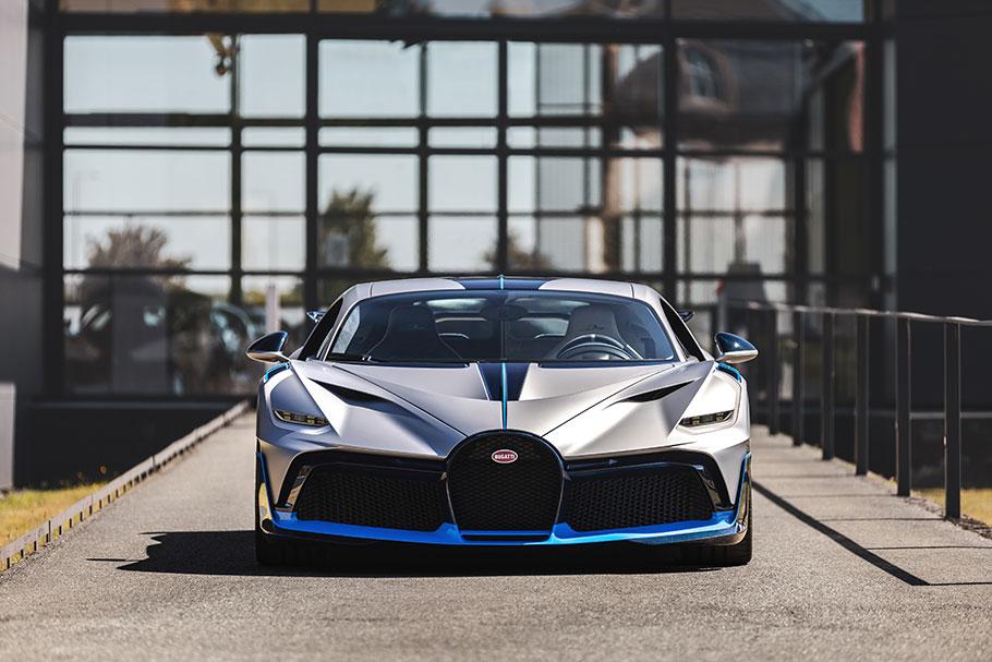 2020-Bugatti-Divo
