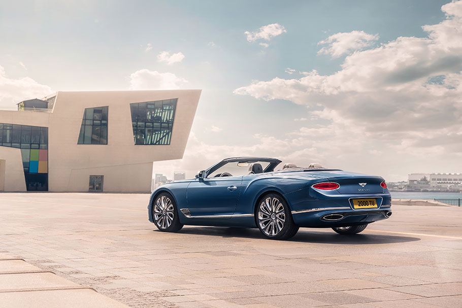 2020-Continental-GT-Mulliner-Convertible02