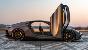 all-new-koenigsegg-gemera-makes-its-uk-debut-at-salon-privé