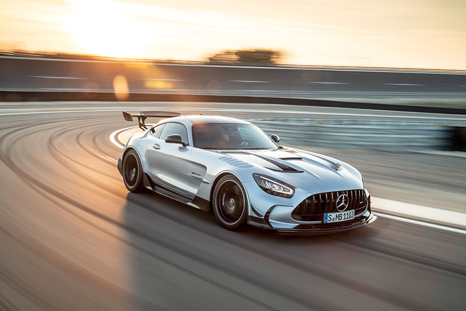 2021-Mercedes-AMG-GT-Black-Series
