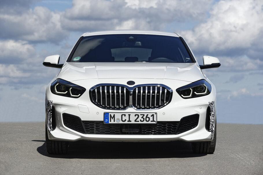 2021 BMW 128ti1