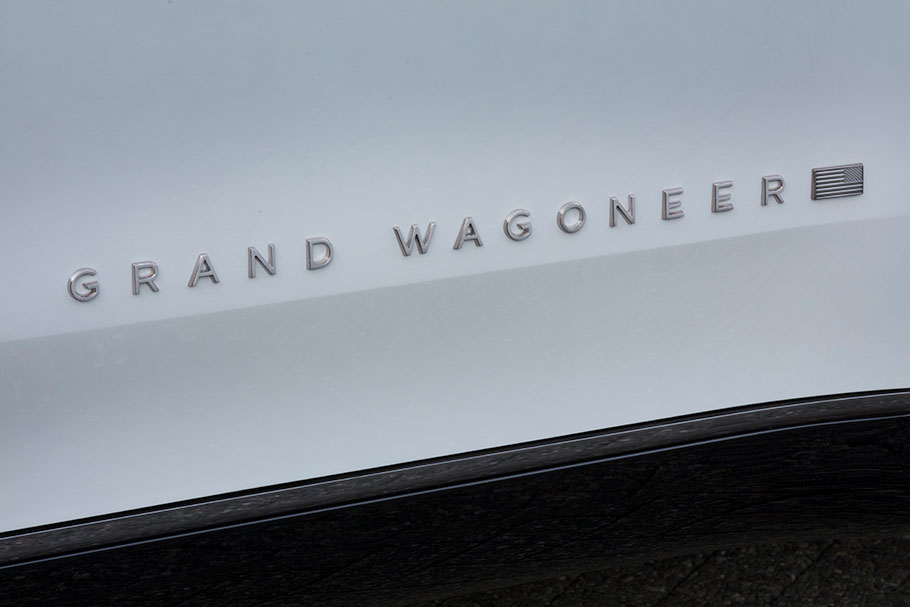 2021-Jeep-Grand-Wagoneer-Concept2