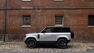 land-rover-defender-gains-plug-in-hybrid-electric-power,-six-cylinder-diesel-and-new-x-dynamic-model