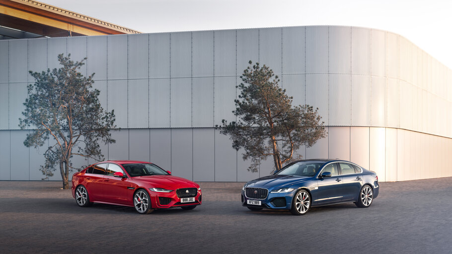 2021 Jaguar XE and XF saloon1
