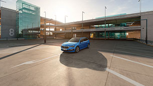 ŠKODA joins forces with Parkopedia to help drivers find parking spaces quicker and easier in real time