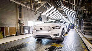 volvo cars starts production of fully electric xc40 recharge p8