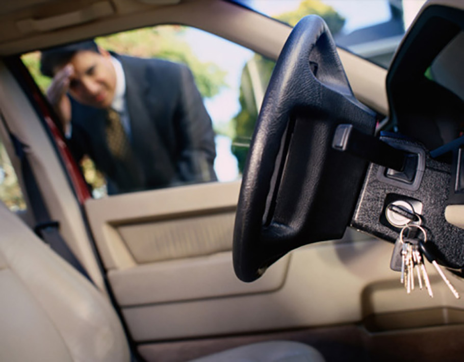 what-to-look-for-while-choosing-a-decent-automotive-locksmith