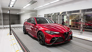 giulia-gta-put-through-paces-by-alfa-romeo-racing-orlen-f1-drivers