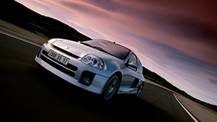 celebrating-20-years-of-a-performance-icon:-the-renault-clio-v6