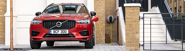 Volvo completes electrification of XC60 range with mild-hybrid and plug-in hybrid powertrains