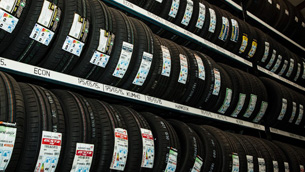 5 Signs That You Need to Change Tyres