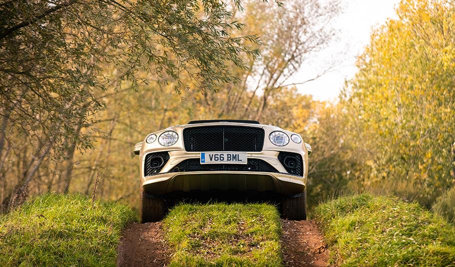 2021 Bentley Bentayga V8 SUV1
