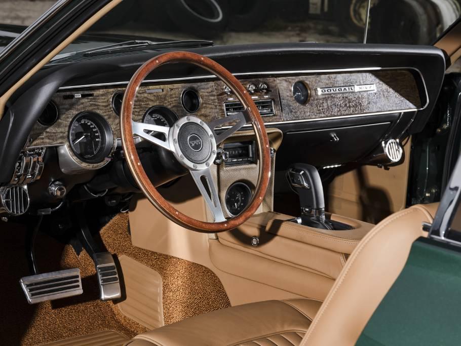 1968-Ringbrothers-Mercury-Cougar-Interior