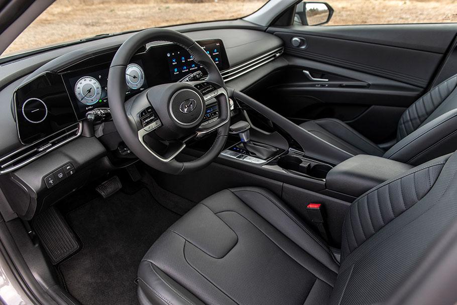 2021 Hyundai Elantrav