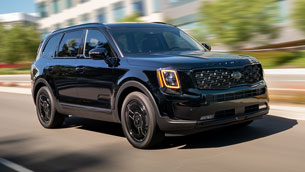 2021 kia telluride wins the 2021 kelley blue book best resale value award
