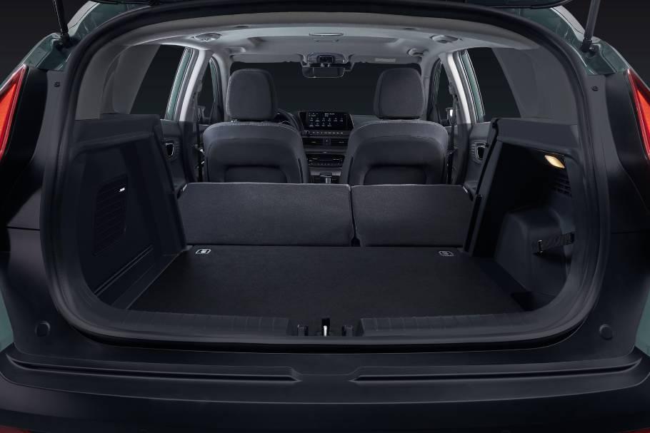 2022-Hyundai-BAYON-Luggage