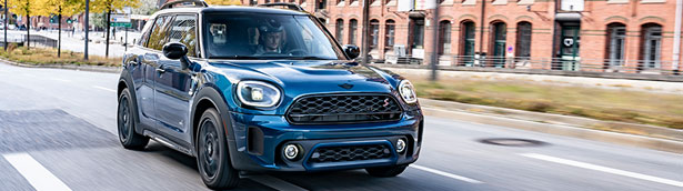 MINI reveals new 2022 Countryman Boardwalk Edition. Check it out!