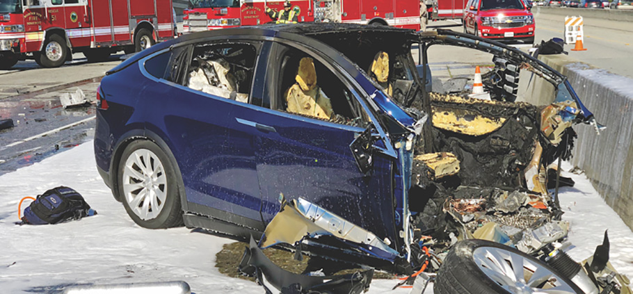 What-to-Do-If-You-Ever-Get-in-an-Auto-Accident-While-Driving-an-Electric-Vehicle
