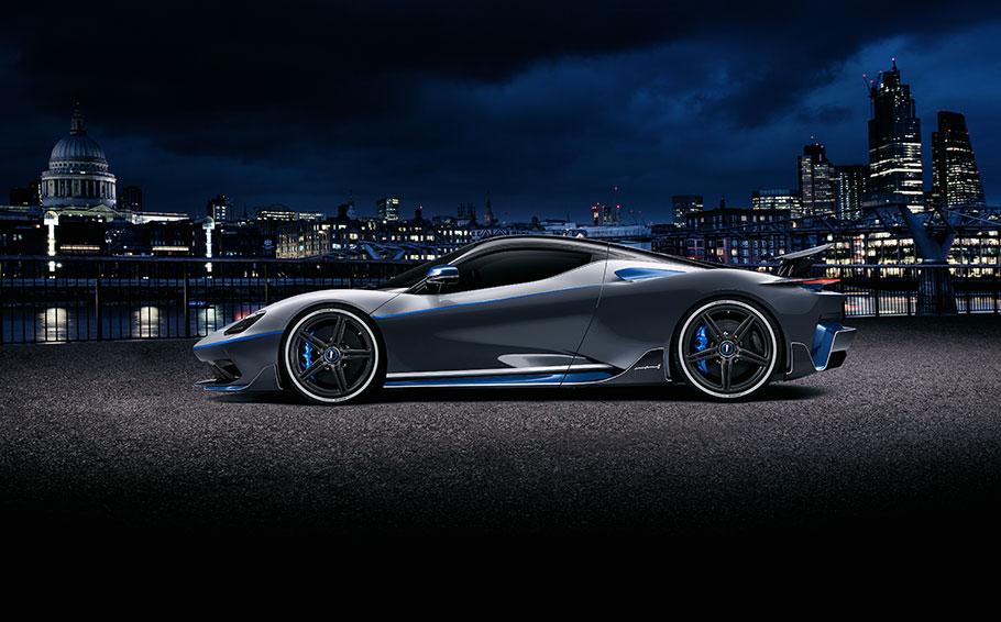 2021 Automobili Pininfarina Battista GT
