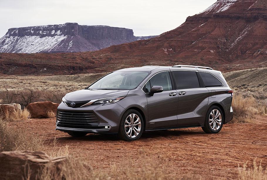 2021-Toyota-Sienna-Platinum-910