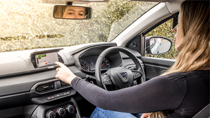Dacia presents new Media Control system for infotainment management