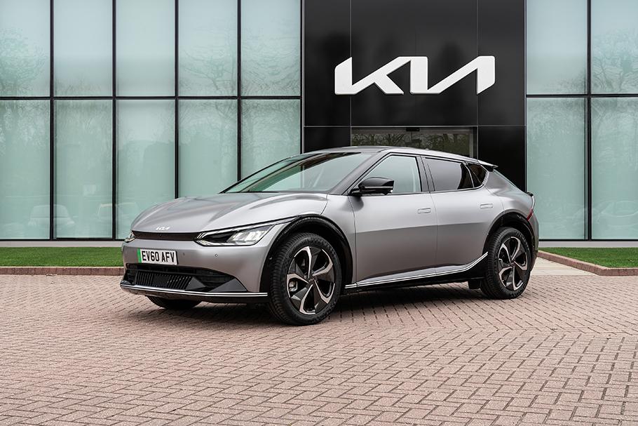 2021-Kia-EV6-910